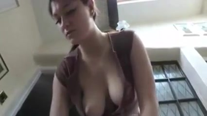 Hot girl downblouse
