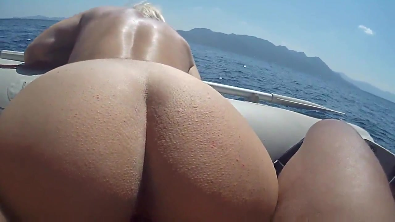 back Cumshot on her